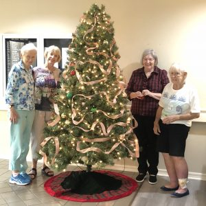 Arbor Trace seniors decorating for christmas