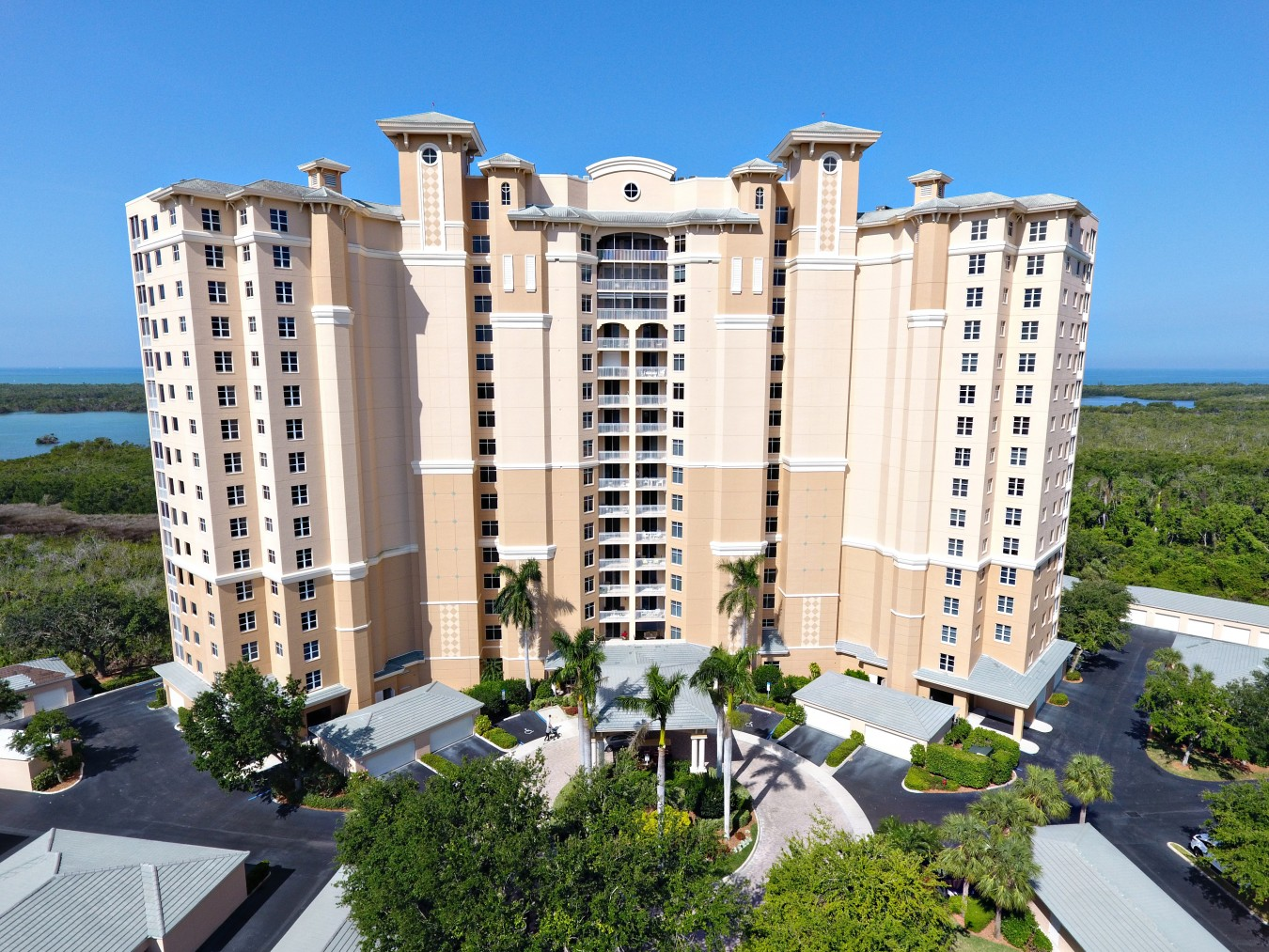 Aerial view of Tower Pointe High-Rise