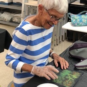 Arbor Trace residents at Art Studio